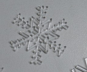 Schneekristalle aus Acrylglas (Motiv 14)